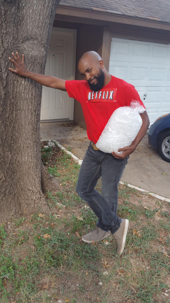 netflix-and-chill-costume ... Netflix and chill. [via] https://www.reddit.com/r/funny/comments/3mmn6p/my_new_tinder_pic/